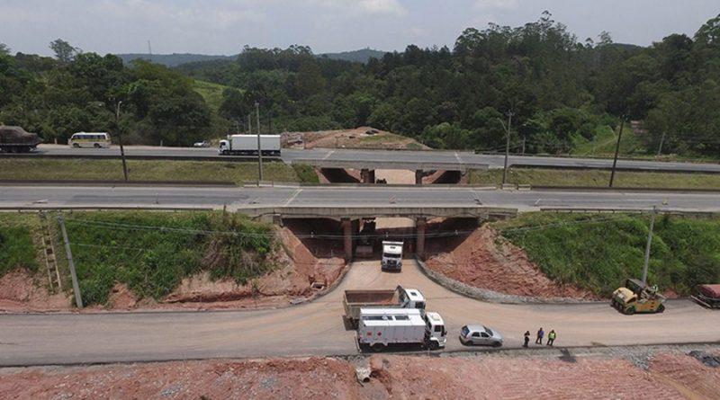 Autopista Régis Bittencourt libera ao tráfego o novo trevo da BR-116, em Itapecerica da Serra