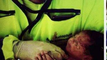 Bebê nasce após mãe ser arremessada de caminhão em grave acidente em SP